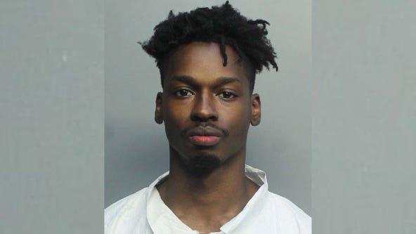 Body of aspiring hip-hop artist found in trunk of Virginia man's car after crash in Miami: police
