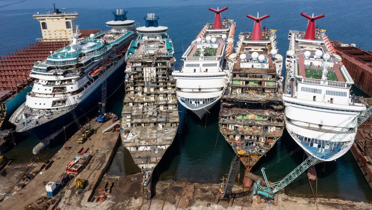 cruise ships sold for scrap due to pandemic