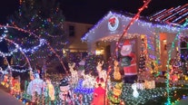 New Mexico man decks out home with thousands of Christmas lights