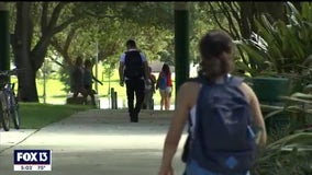 Weighing the risks: Even college students should skip going home for holidays, health experts say