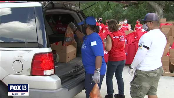 1 million people in Tampa Bay area need help finding food this holiday