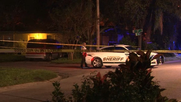 Hillsborough deputies search for suspects in double shooting