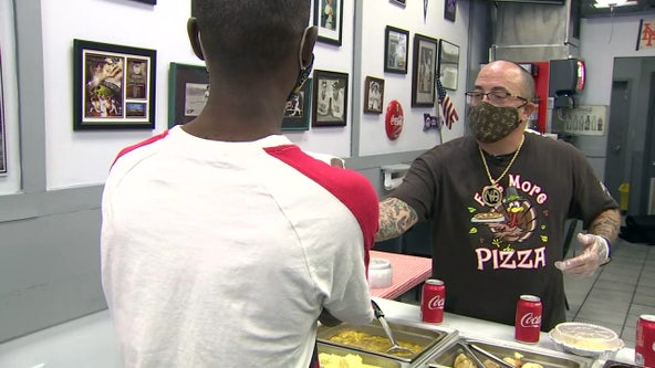 Tampa pizza shops pays it forward with free Thanksgiving meals