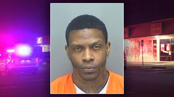 Clearwater police search for suspect who fatally stabbed peacemaker during bar fight