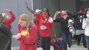Kansas City fans flood Tampa airport with red and gold