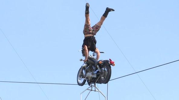 Nik Wallenda brings drive-in daredevil show back to Sarasota