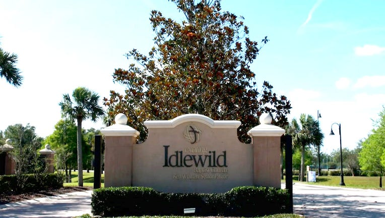 Idlewild Baptist Church in Florida Pays Over More Than ,000 in Lunch Debt for Students