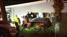 Car crashes into Tampa home
