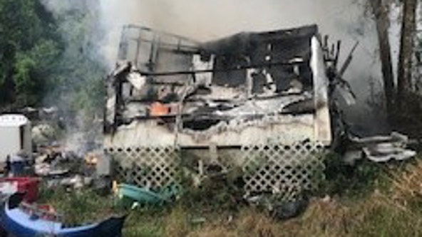 Fire kills dog, destroys mobile home in Brooksville