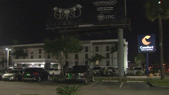Barricaded man inside Pinellas Park hotel room prompts SWAT standoff