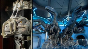 Jurassic World VelociCoaster: Look inside the queue