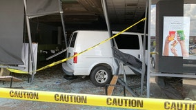 Van crashes into Fowler Ave. restaurant, injuring 5