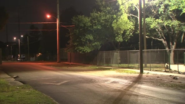 Tampa police looking for witnesses after 9-year-old wounded by crossfire