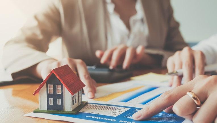 Credible-mortgage-rates-iStock-1069166364.jpg