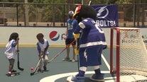 Lightning set up ball hockey court at Rowlett Park to inspire next generation of players