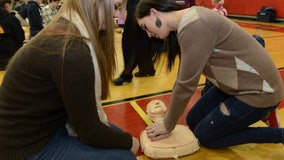 Gov. DeSantis signs bill requiring all Florida high school students to learn CPR