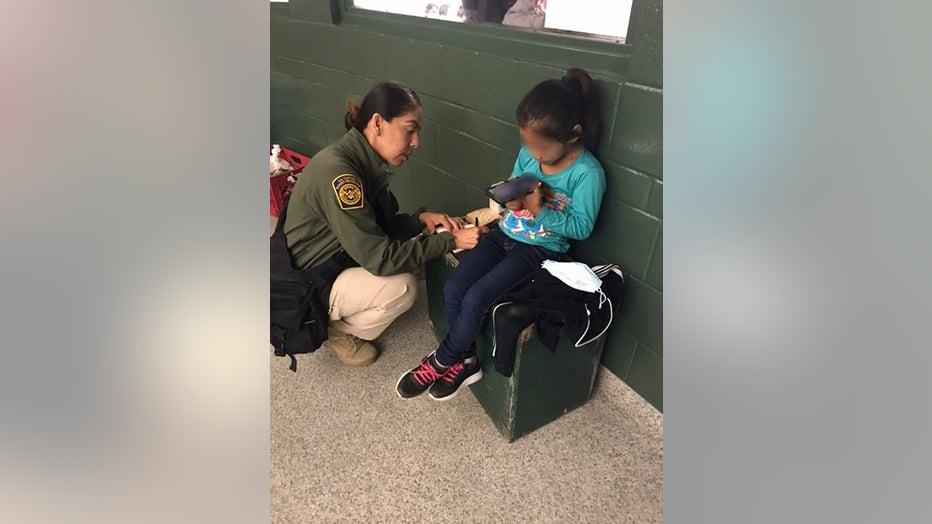 6-8-21-Agents-Encounter-Lone-Child-at-Border-photo-1-copy.jpg