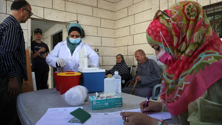 PALESTINIAN-HEALTH-VIRUS-VACCINE
