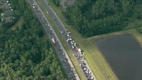 Crash injures 3 adults, 1 child, closes portion of I-75 in Pasco County