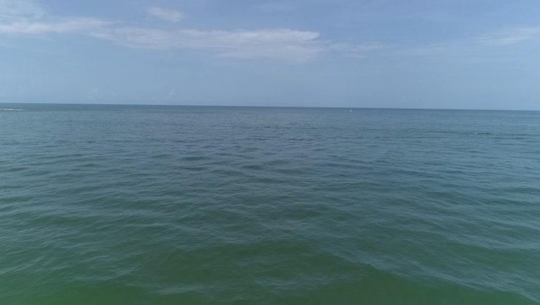 6a1e60e2-c775147b-beach