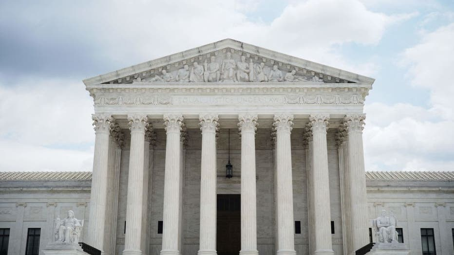US-COURT-POLITICS-RIGHTS-VOTING