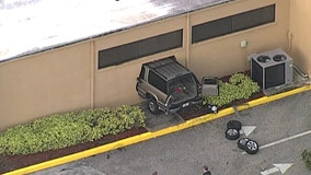 Car crashes into Wells Fargo bank in New Port Richey