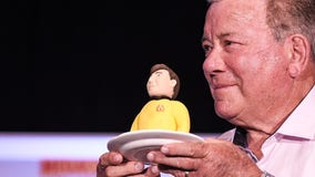 Actor William Shatner to fly into space on trip planned for next week