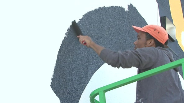 Power of art transforms blank walls during St. Pete's Shine Mural Festival