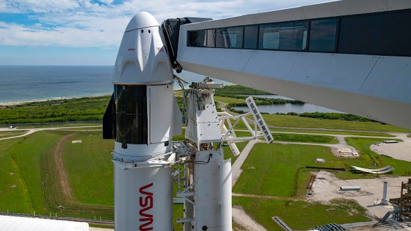 SpaceX needs to tame toilet trouble before weekend launch