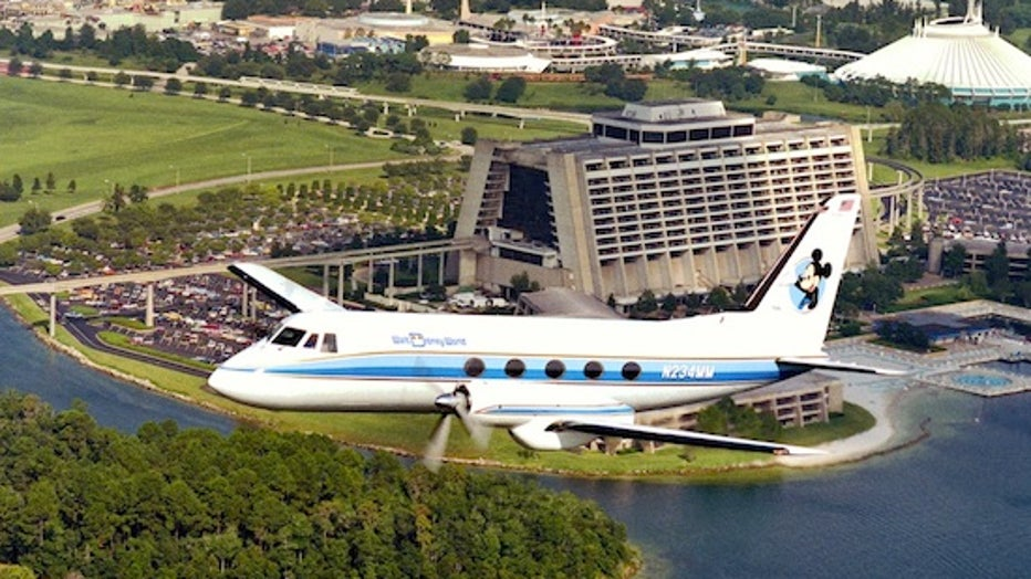 4f461149-plane3.jpg