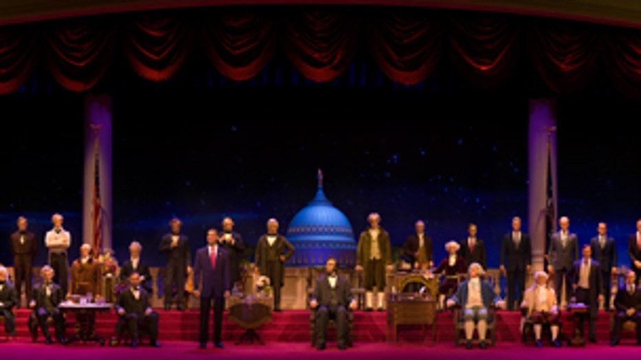 963e16d2-DISNEY-hall-of-presidents-3.jpeg