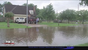Sugar Land residents hope water recedes before next round of rain