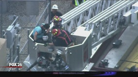 Worker gets overheated, has to be rescued from cell tower