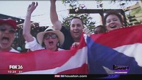 Vigil held at La Placita, Houston to show solidarity with Puerto Rico