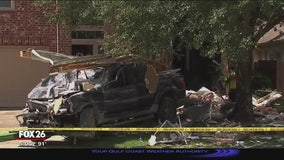 Man arrested after driving truck through home in Cinco Ranch