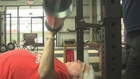 69-year-old with arthritis breaks state powerlifting record