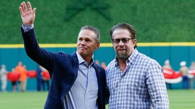 Craig Biggio, Jeff Bagwell to throw out ceremonial first pitches at World Series Game 7