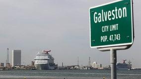 City of Galveston closes bars, limits restaurant service