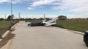 Small plane crash-lands in Alvin subdivision