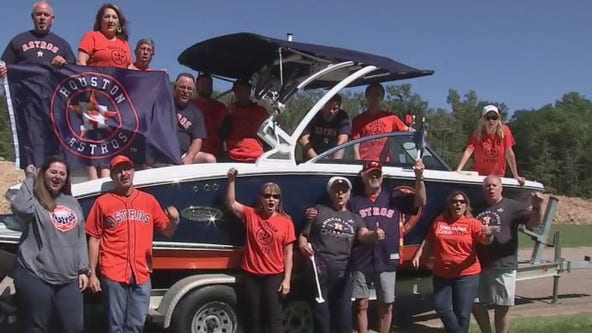 World Series fans hit Lake Conroe with Astros boat