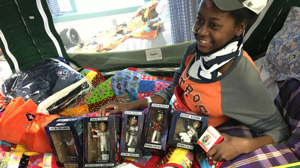 Astros gift brings big smile to 13-year-old after hit-and-run incident