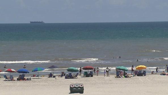 Galveston closes beaches due to COVID-19