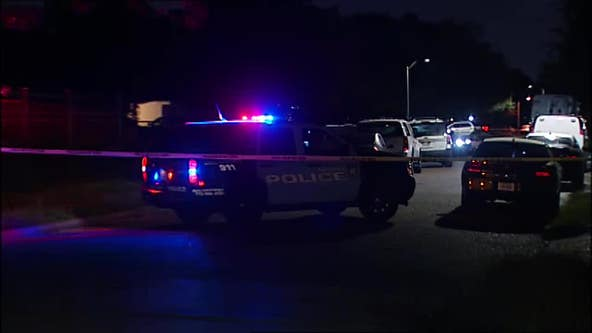 Man fatally shot in front of house in southeast Houston