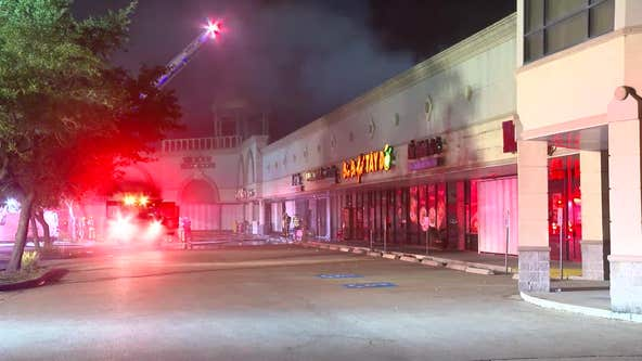 Fire at southwest Houston shopping center causes 'extensive' damage to grocery store