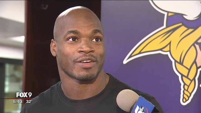 2b476c53-Adrian_Peterson_would_like_to_stay_in_Mi_0_20170103000644-409162