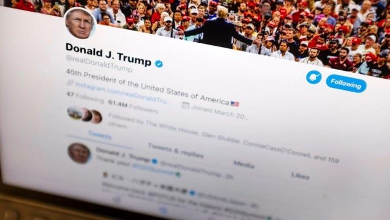Donald Trump on Twitter-405538