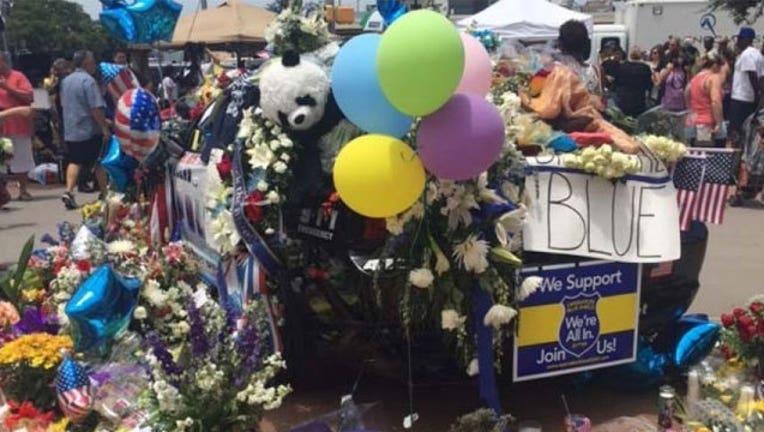 26b67ef0-Dallas-Police-Memorial_1468120442442-407693.jpg