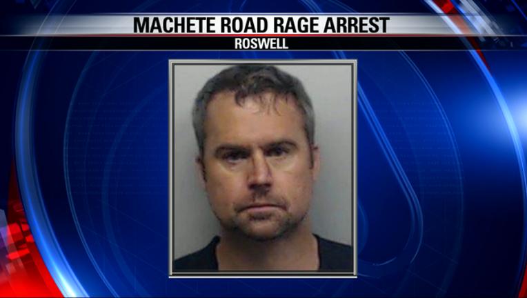 f4e3091e-machete road road arrest 5_1.mpg_22.06.55.13_1444964059603-404959.png