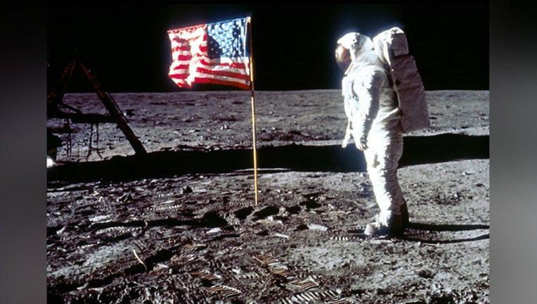 a0c9e724-GETTY-moon-landing-apollo_1562155721294.jpg