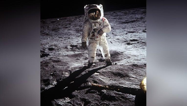 d28aba1f-GETTY-moon-landing_1562067890648.jpg